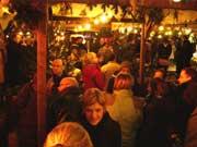 Weihnachtsmarkt in Wetzlar mit Eisbahn