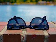 Kauf einer Sonnenbrille